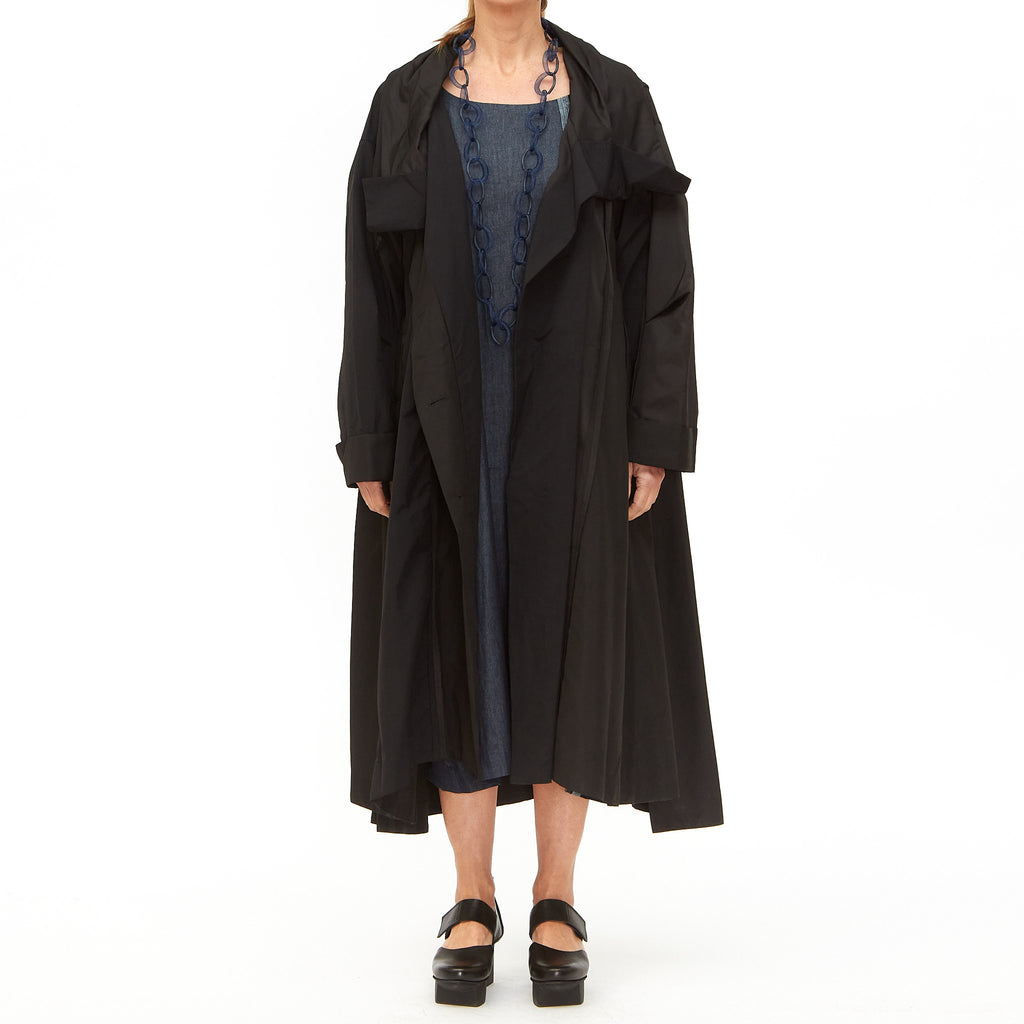 Moyuru, Black Panel Trim Coat 201406-02 - Tiffany Treloar