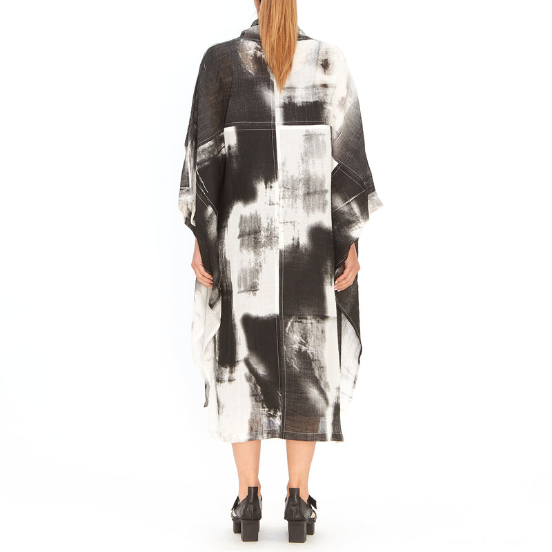 Moyuru, White and Black Duster 201017-05 - Tiffany Treloar