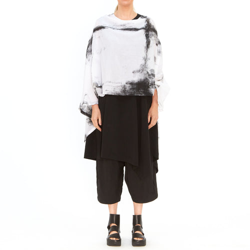 Moyuru, White Asymmetrical Top with Black Print 201425-09 - Tiffany Treloar