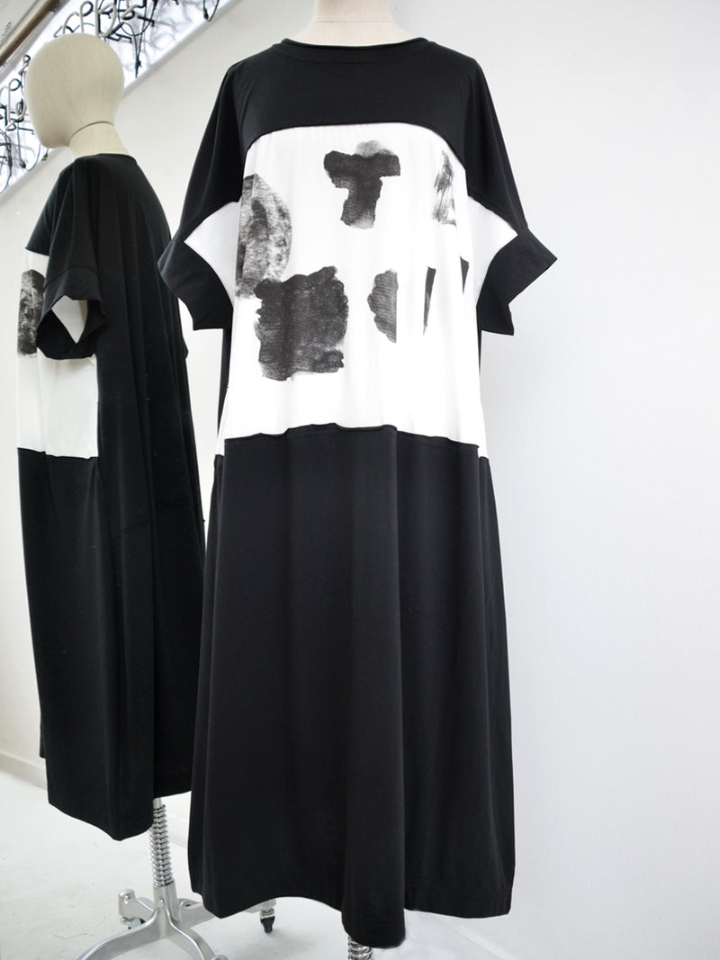Moyuru Black/Mono Dress 191005