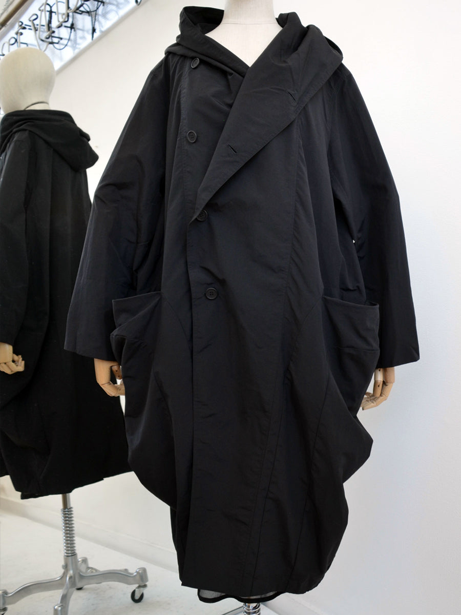 Moyuru Black Coat With Hood 191418