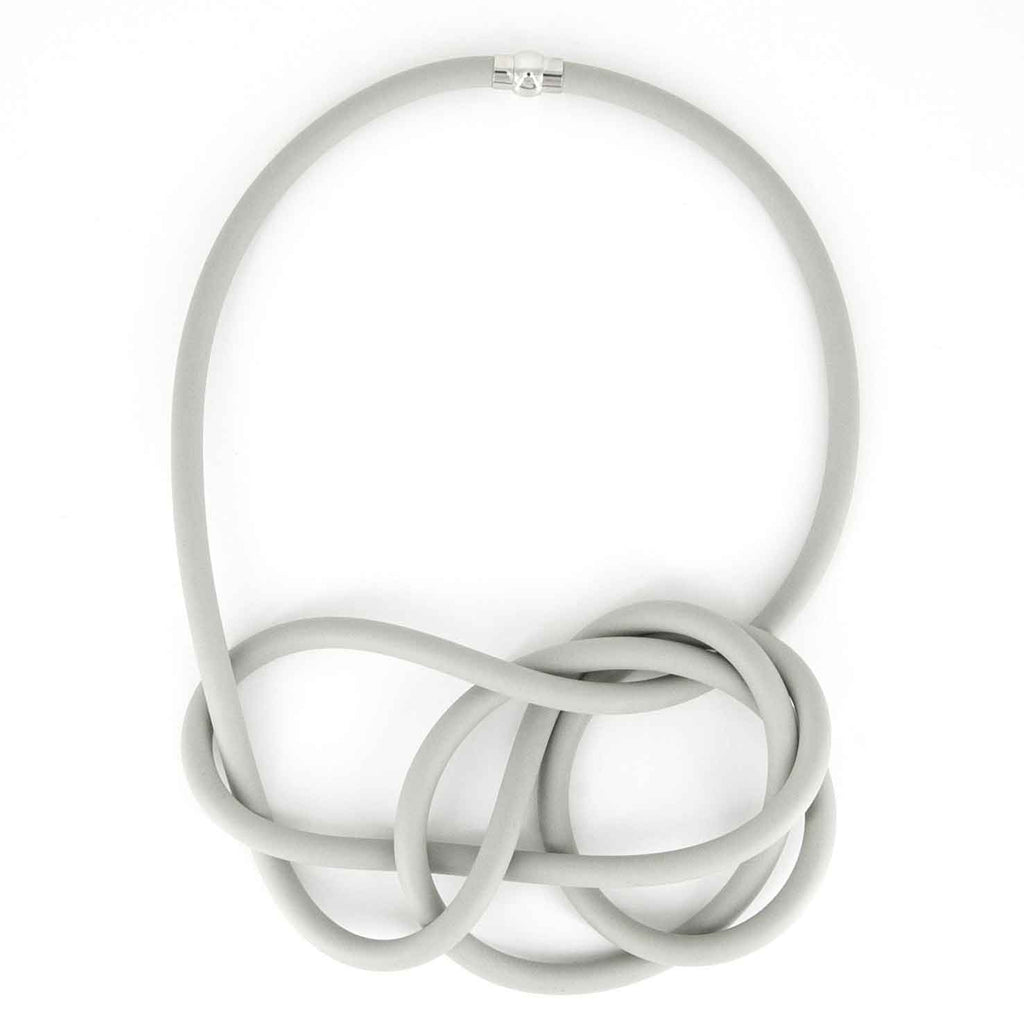 NEO 455 Ecru short loop necklace