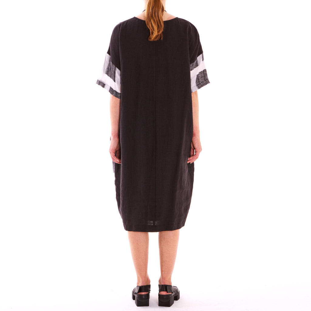 Big Check Linen Dress