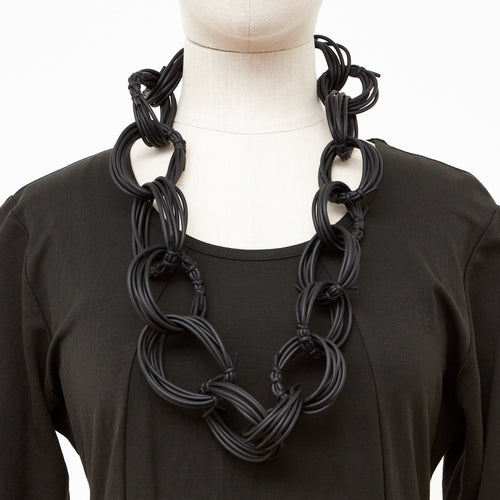 Neo 482 Olympic Black Loop Necklace