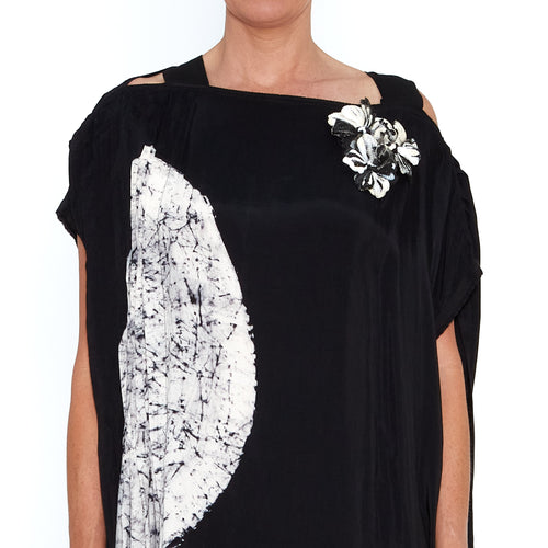 Black Moon Pleated Strap Kaftan