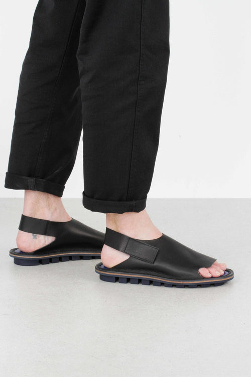Clinch Sandal