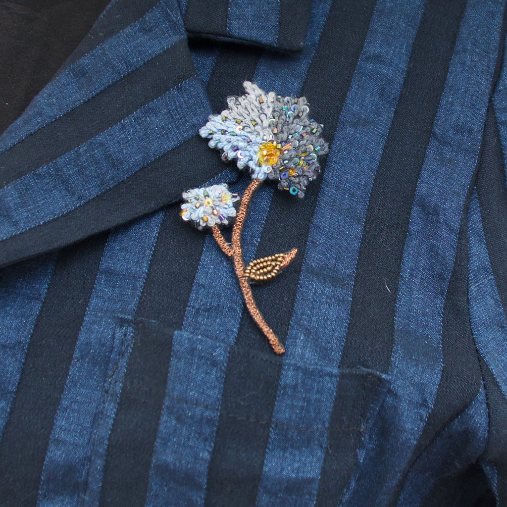 Trovelore Hydrangea Flower Brooch