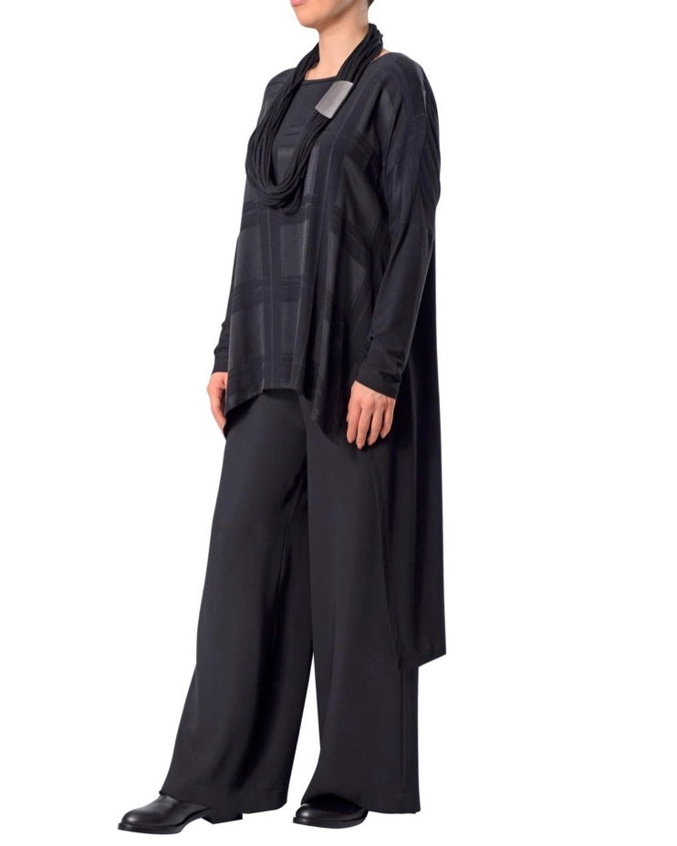 32187-900 Matte and Sheen Tunic