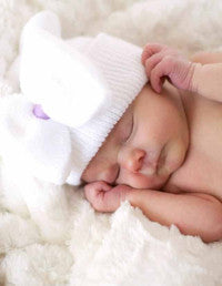 The Hannah White Newborn Hospital Hat