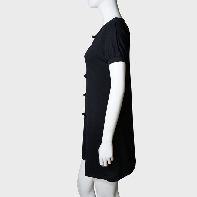 Knot button crew neck dress (black)