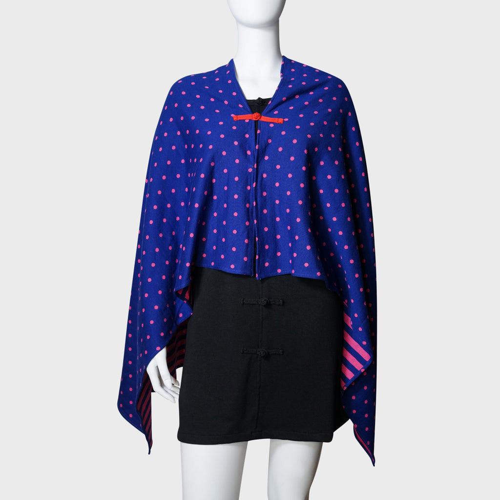 'Wai Ying' cape shawl (blue / pink) | Goods of Desire