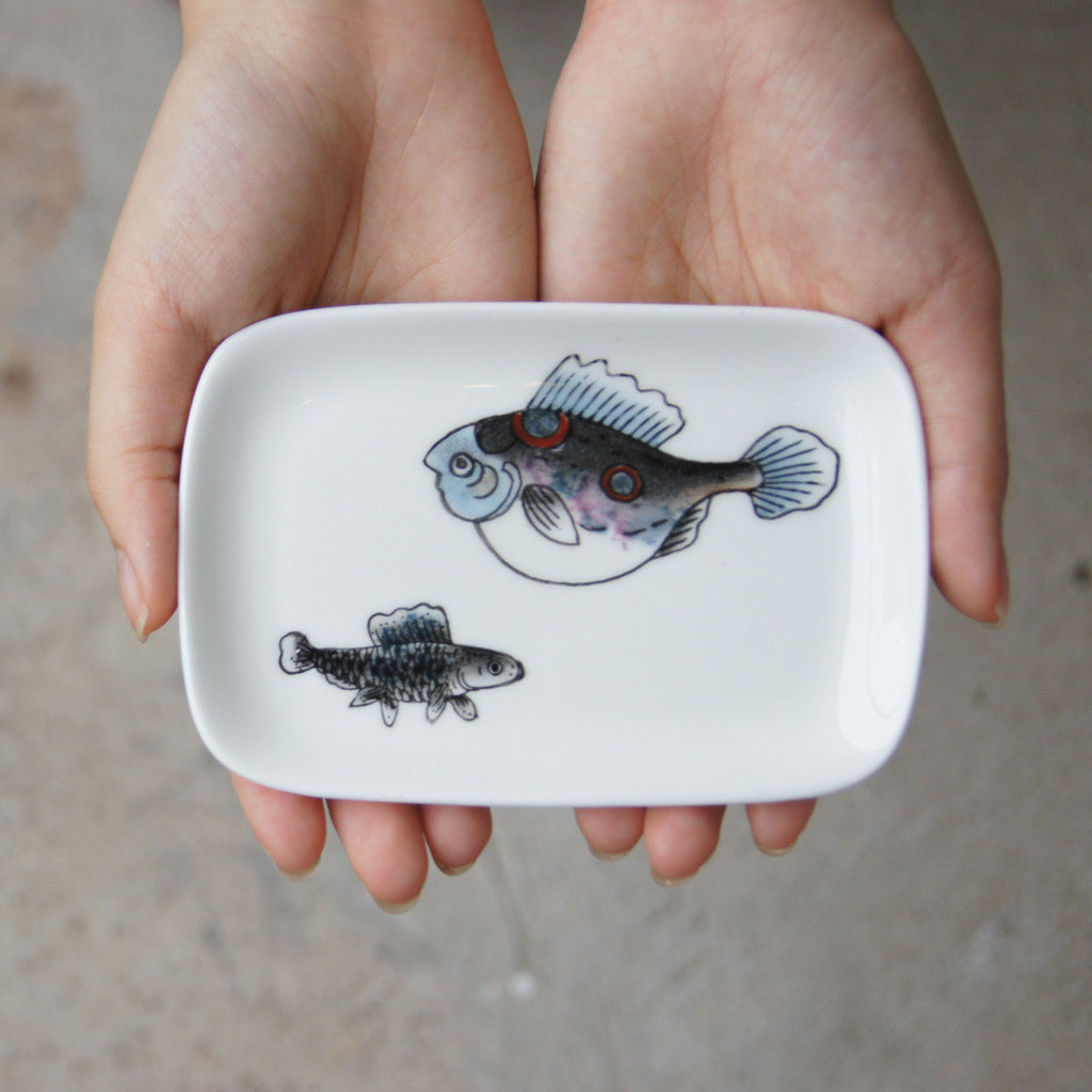 'Goldfish' handpainted soap dish (black)