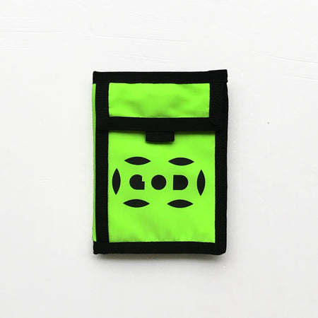 'Rainbow Street Signs' Leather Essential Flat Pouch