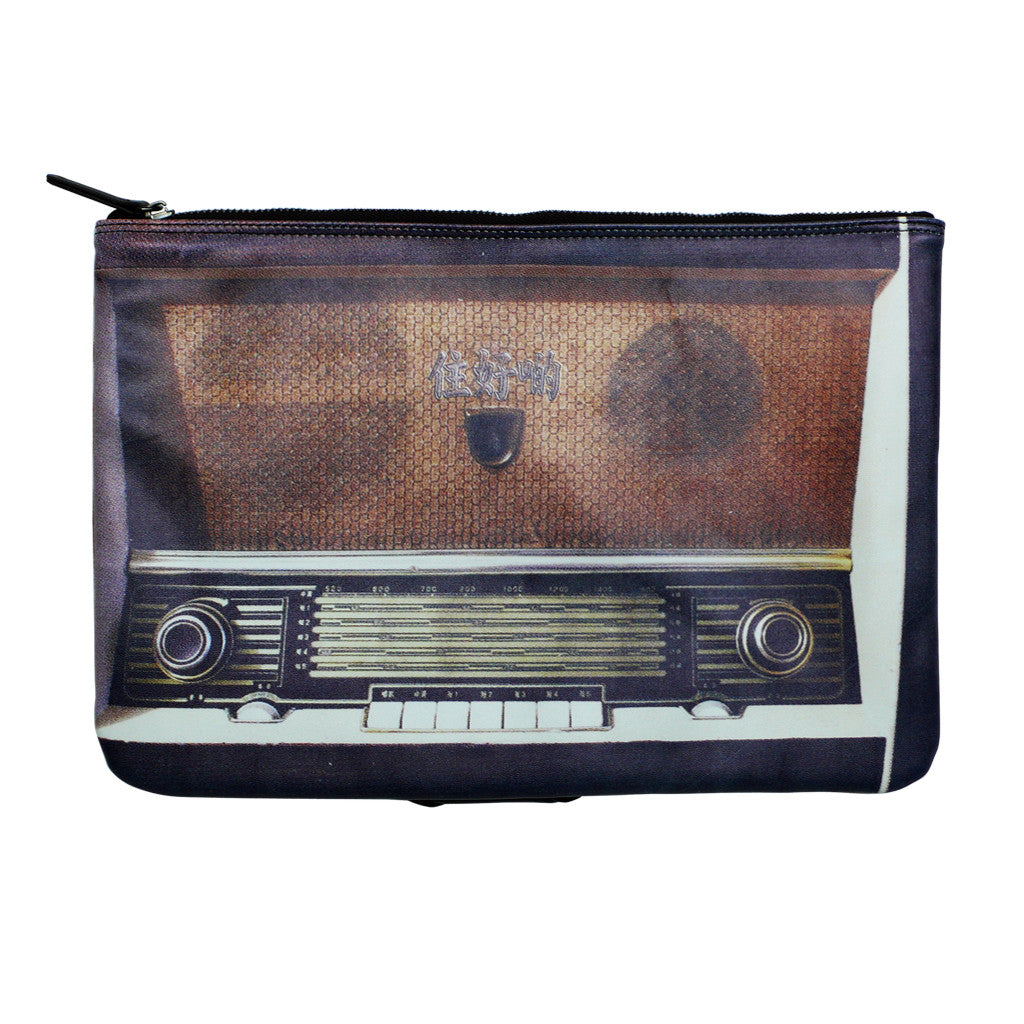 'Old Radio' portfolio clutch
