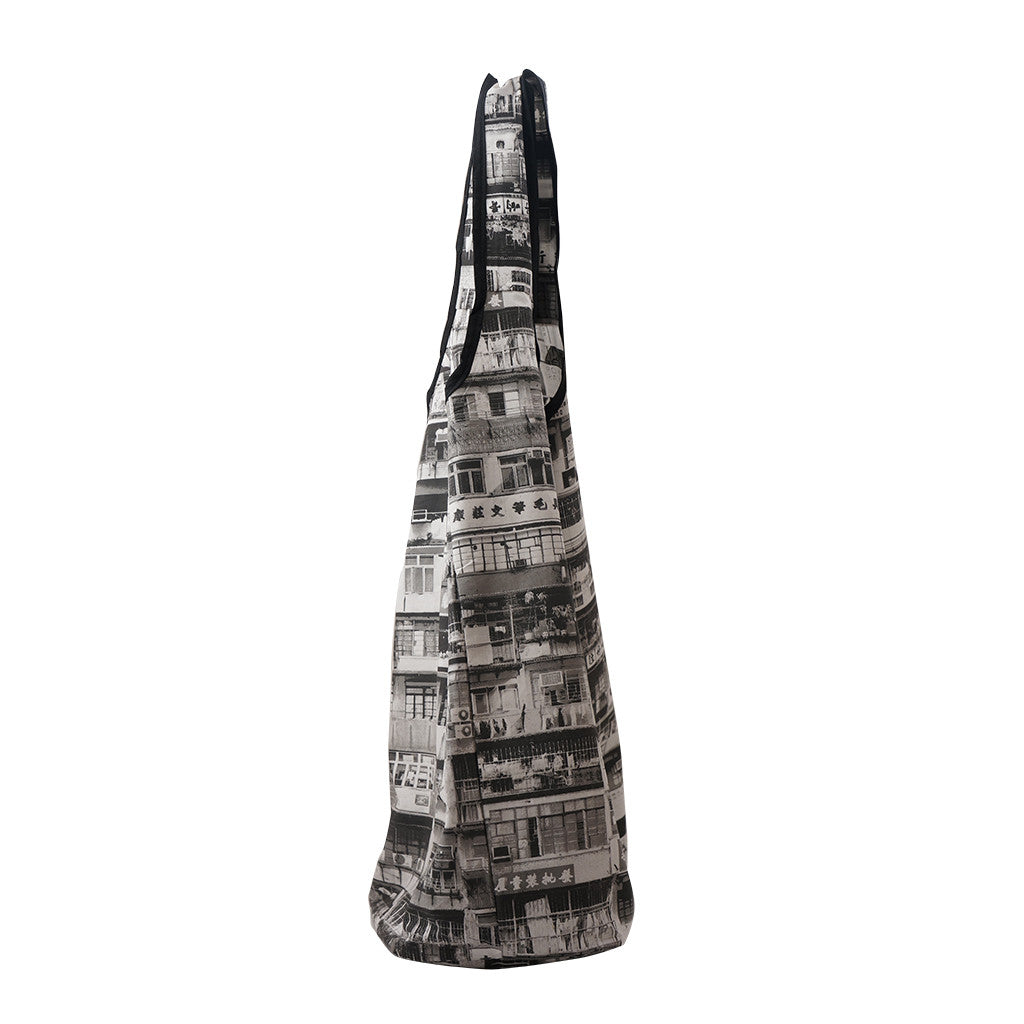 'YAUMATI' shopping bag