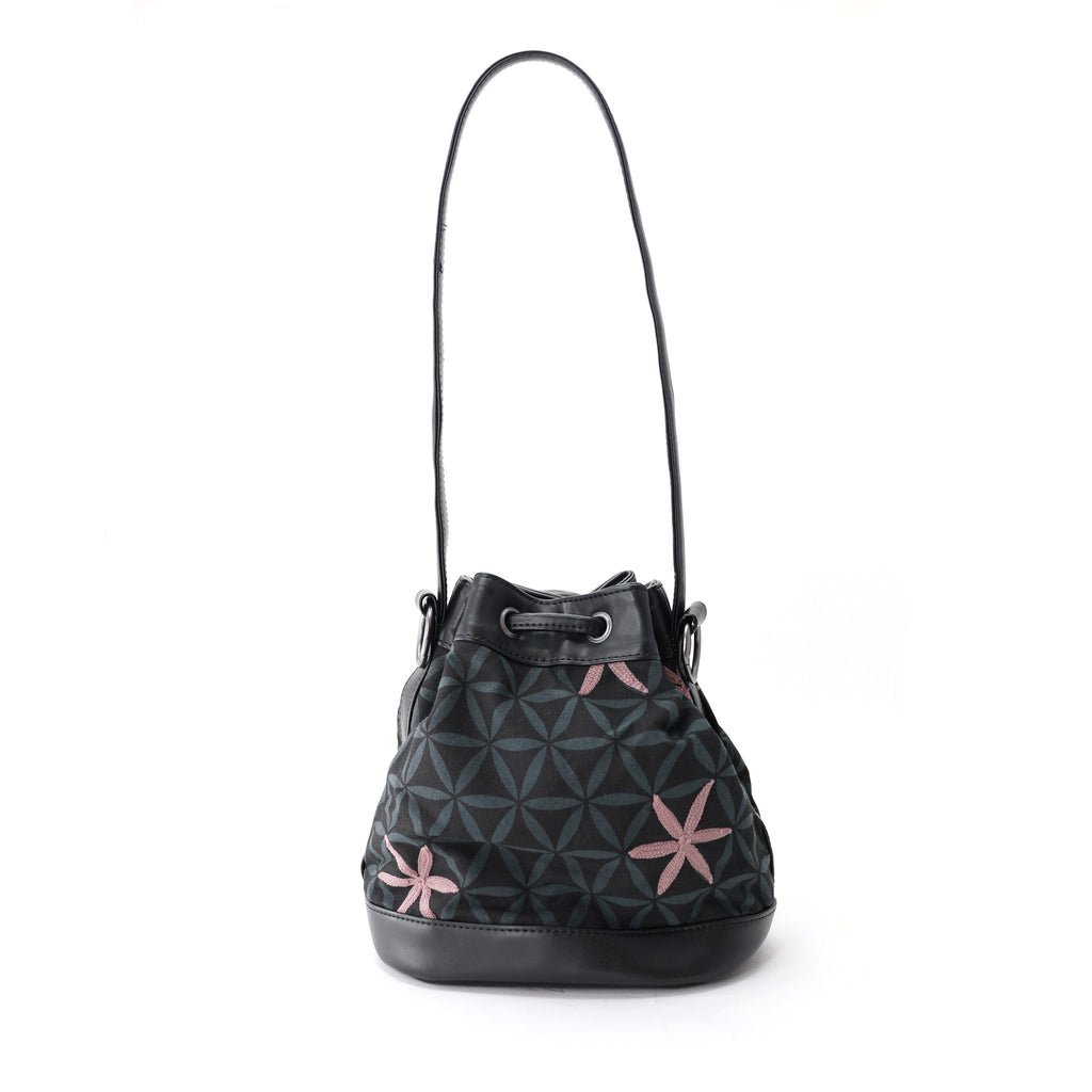 Khat bucket bag-star