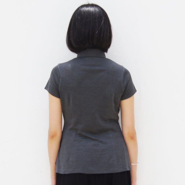 Silk Mui Jai top in panels (Charcoal Grey)