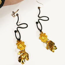 "Load image into Gallery viewer, ""Fook"" & Prosperity Bracelet and Goldfish Earrings"