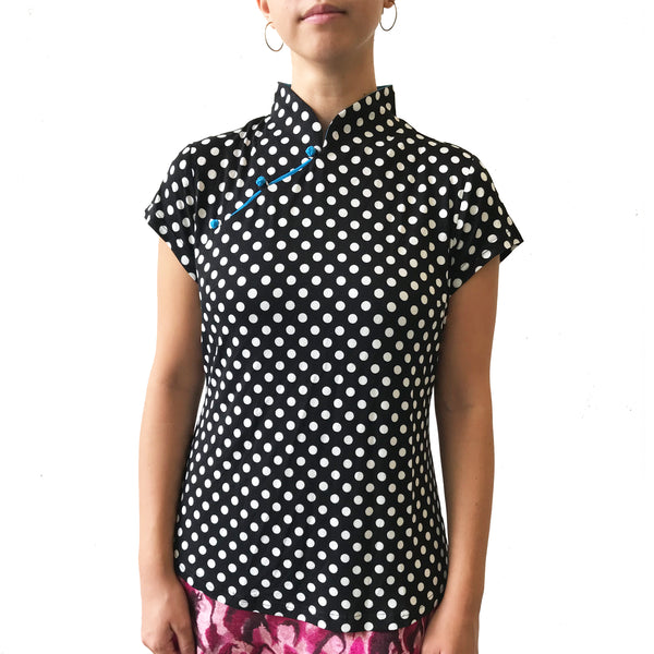 Mui Jai Top with Contrast Buttons (Polka dot/Aqua)