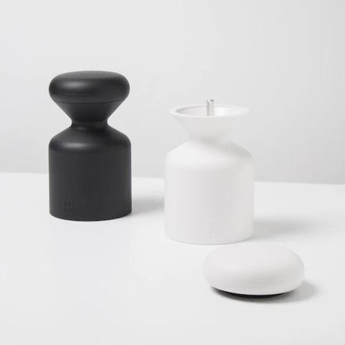 OMMO Salt and Pepper Mill set (black and white)