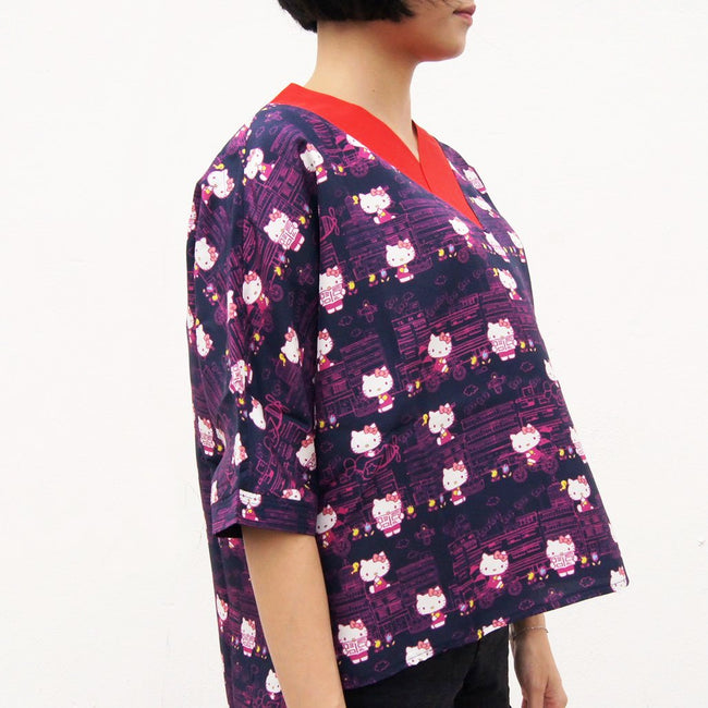 'Hello Kitty X G.O.D. Yamati' V-neck silk top (navy)