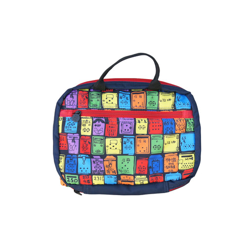 'Letterbox' travel toiletry bag