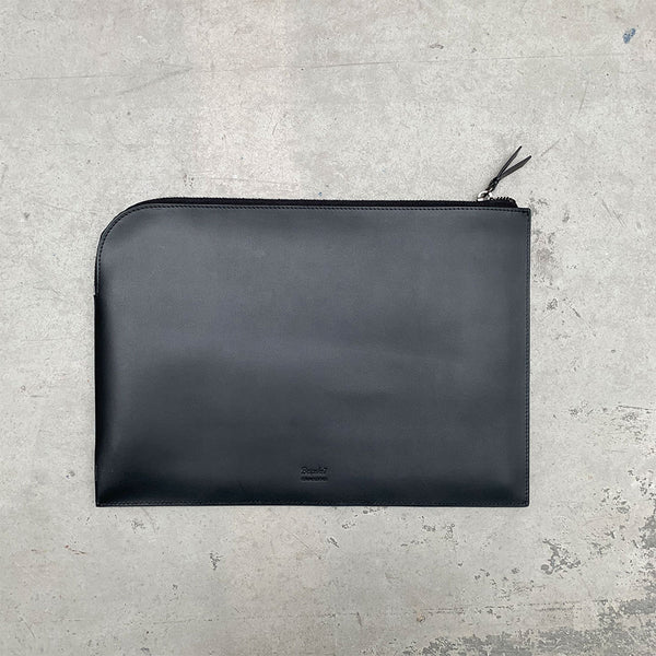 'Yaumati' Leather Laptop Sleeve
