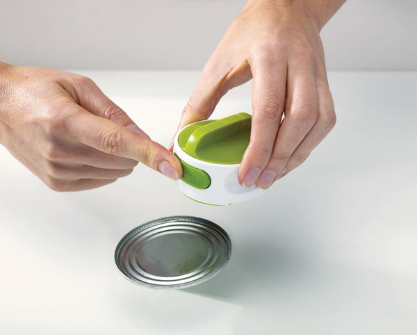 Can-Do Tin Opener, White/Green by Joseph Joseph