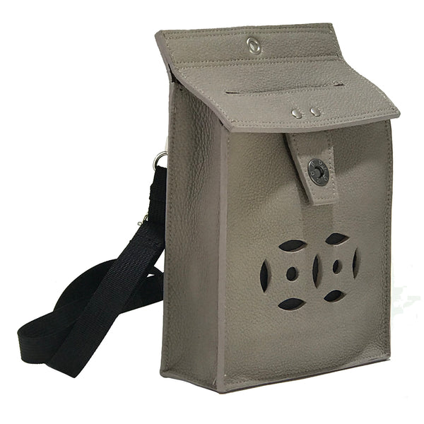 Letterbox Bag in leather (Mid grey)