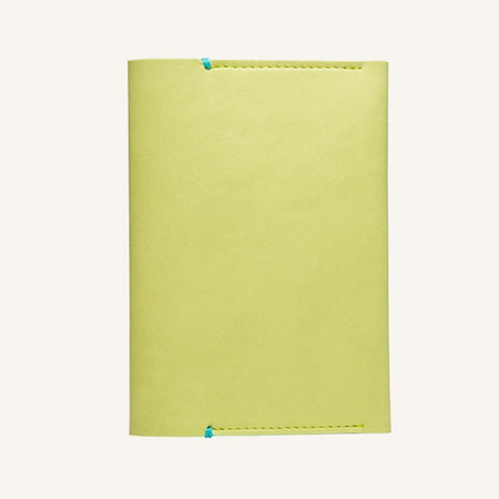 Daycraft Signature passport holder (green)