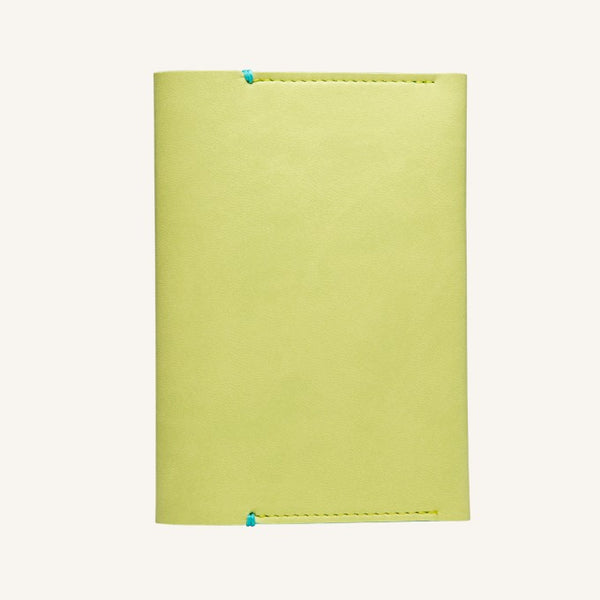 Daycraft Signature passport holder (light green)