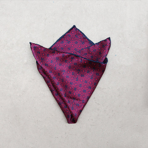 'Double Happiness' silk pocket square (fuschia)
