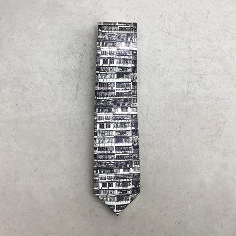'Yaumati' tie (black and white)