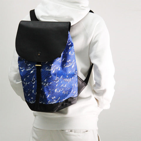 'Surfing' small backpack