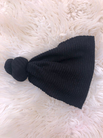 Black fuzzy rib sweater knot