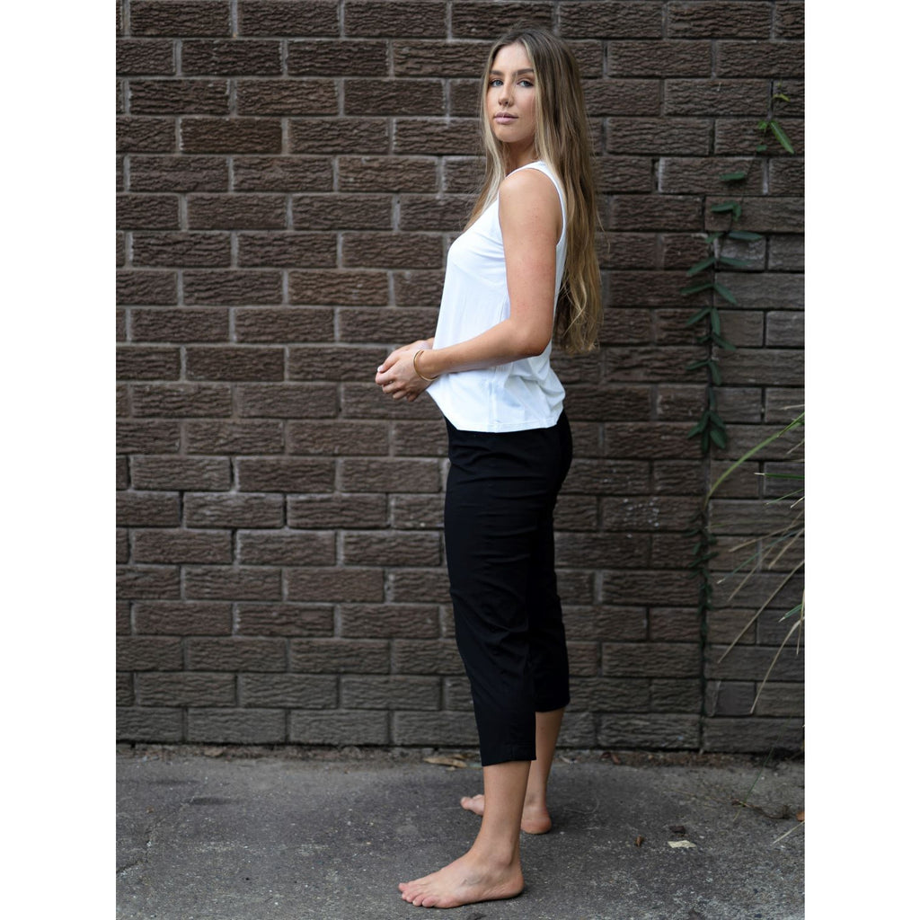 Cotton Bang Capri Pant-Black