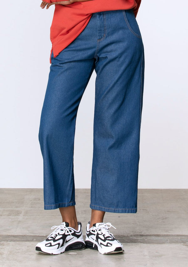 High Waisted Wide Leg Jean