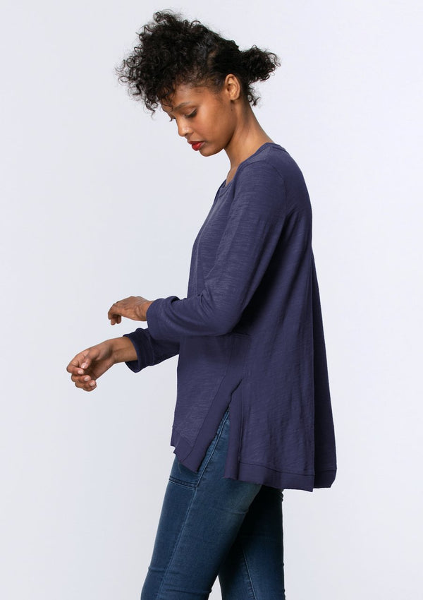 Long Sleeve Side Split Tee in Midnight