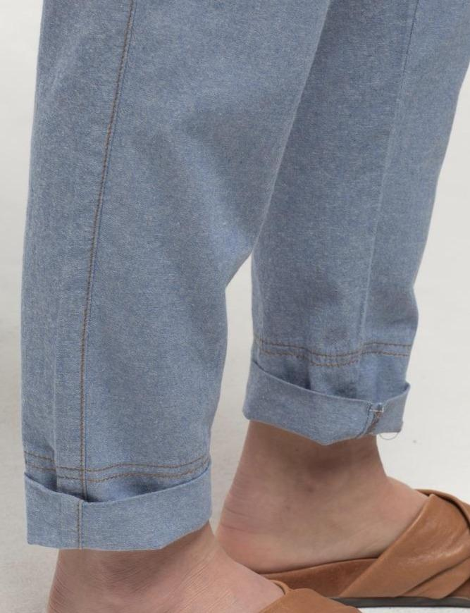 Chambray Relaxed Roll Up Pant