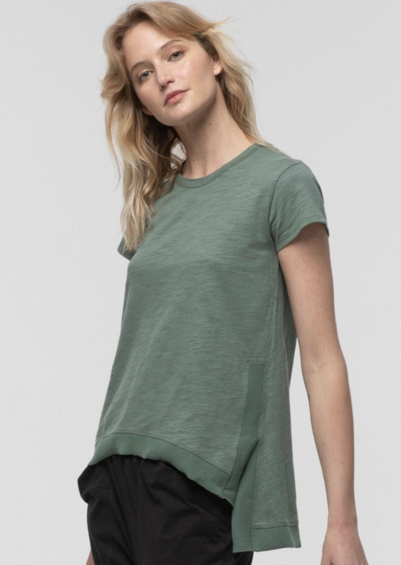 Side Split Tee in Fern - Miles From