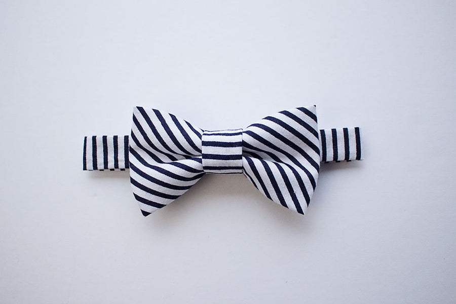 Navy Striped Bow Tie Tan Leather Suspenders for Boys, Ring Bearer Outfit, Navy Bow Tie, Wedding Bow Tie, Cake Smash Outfit, Birthday Boy