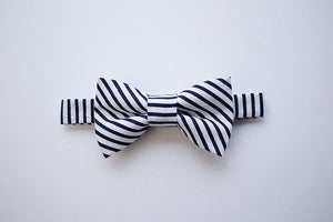 Navy Bow Tie for Boys to Men, Toddler Bow Tie, Boys Formal Wear, Ring Bearer Outfit, Baby Boy Bow Tie, 1st Birthday Boy, Boys Suits, Bow Tie
