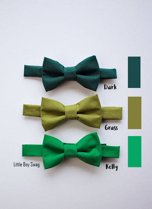 Green Bow Tie for Boys to Adult, Boys Bow Tie, Ring Bearers Bow Tie, Green Wedding, Boys Formal Wear, Boys Wedding Bow Tie, Boys Cake Smash