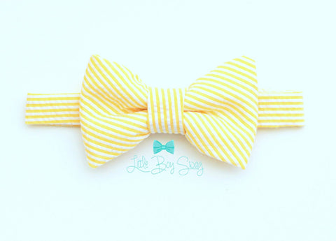 Baby Boy Pale Yellow Bowtie..Ring Bearer Bow Tie..Boys Easter Bow Tie..1st Birthday..Ring Bearer..Wedding..Kids Bow Tie..Baby Boy Photo Prop