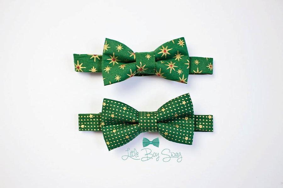 Baby Boy Christmas Bow Tie..Boys first birthday..Wedding bow tie..kids bow tie..ringbearer outfit..photo prop..Cake smash..ringbearer