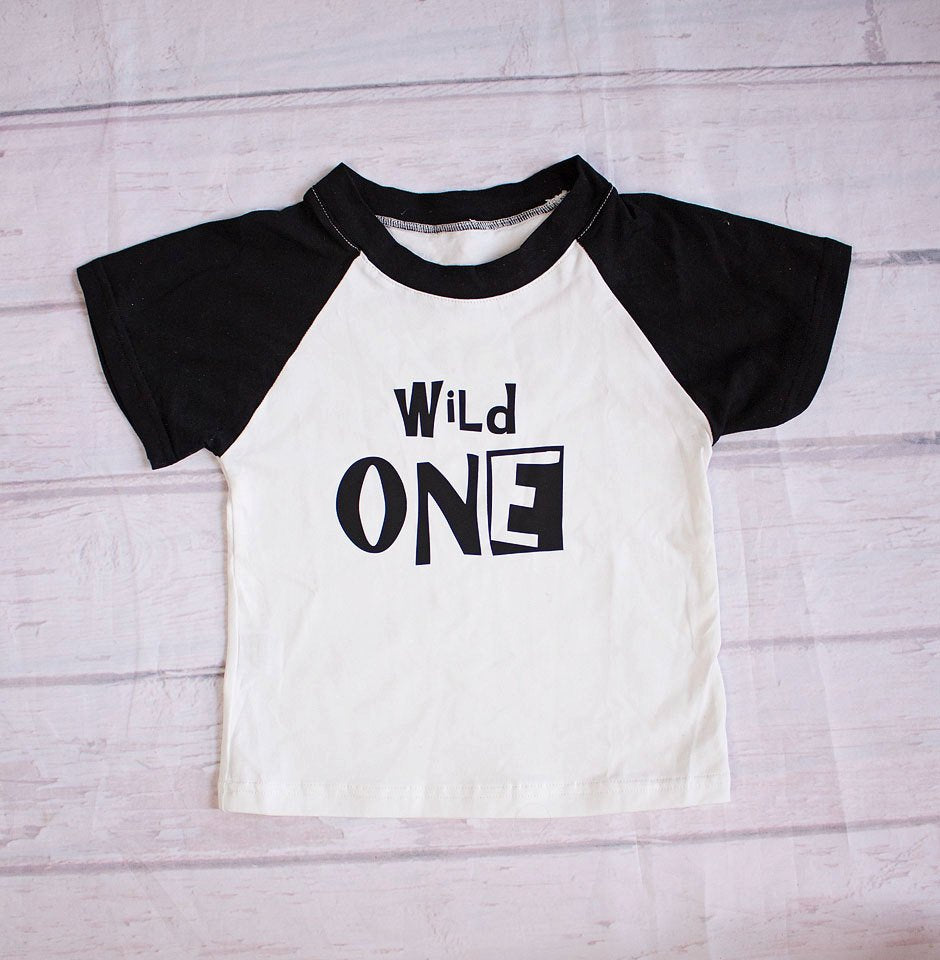 Boy Birthday Outfit...Birthday Shirt..Wild One Birthday Shirt..First Birthday T-shirt...Boy 1st Birthday..Online Boutique..Boy T-shirt