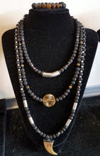 Load image into Gallery viewer, Brass Onyx Beads Necklace/Chocker
