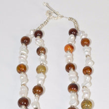 Load image into Gallery viewer, Green Calcite Geode & Fresh Water Pearl Rose Gold plated Necklace