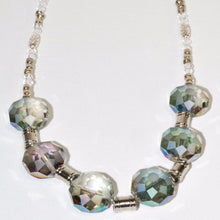 Load image into Gallery viewer, Shimmering Glass Beads Necklace