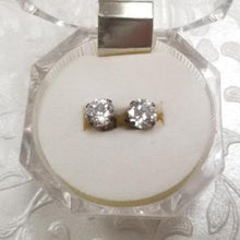 Load image into Gallery viewer, 925 Sterling Silver with cubic zirconia stud earrings